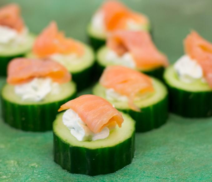 Luxe hapje: gevulde komkommer